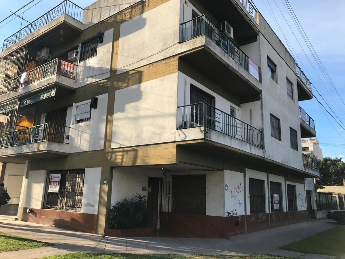 departamento en venta de 4 dormitorios c/ cochera en san miguel
