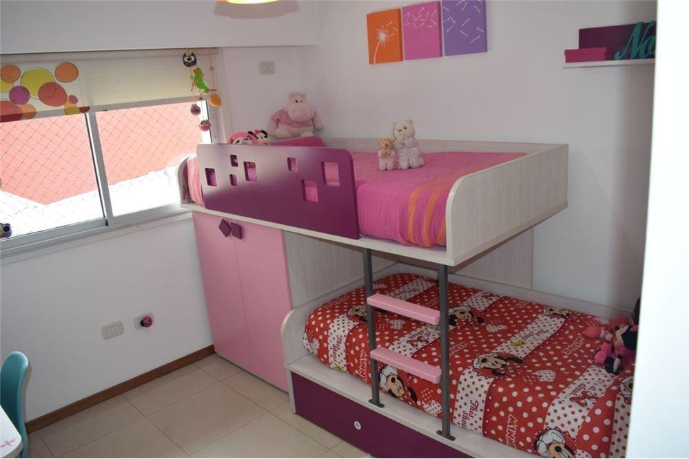departamento en venta en abasto de dos dormitorios