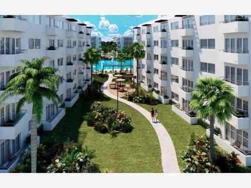 departamento en venta en blu comunidad residencial con laguna cristalina