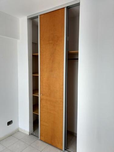 departamento en venta en campana centro. triplex 2 dormitorios. garage