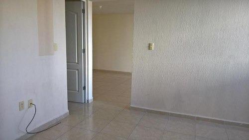 departamento en venta en condominio vertical con alberca y amenidades al sur de querétaro