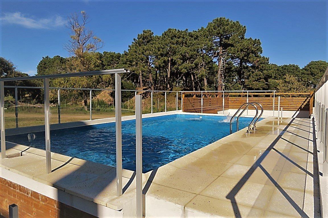 departamento en venta en pinamar-5 ambientes a estrenar-terraza-cochera-baulera-piscina