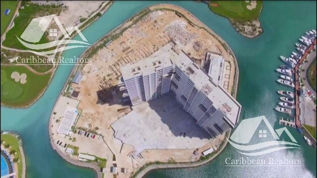 departamento en venta en puerto cancún/zona hotelera/marea