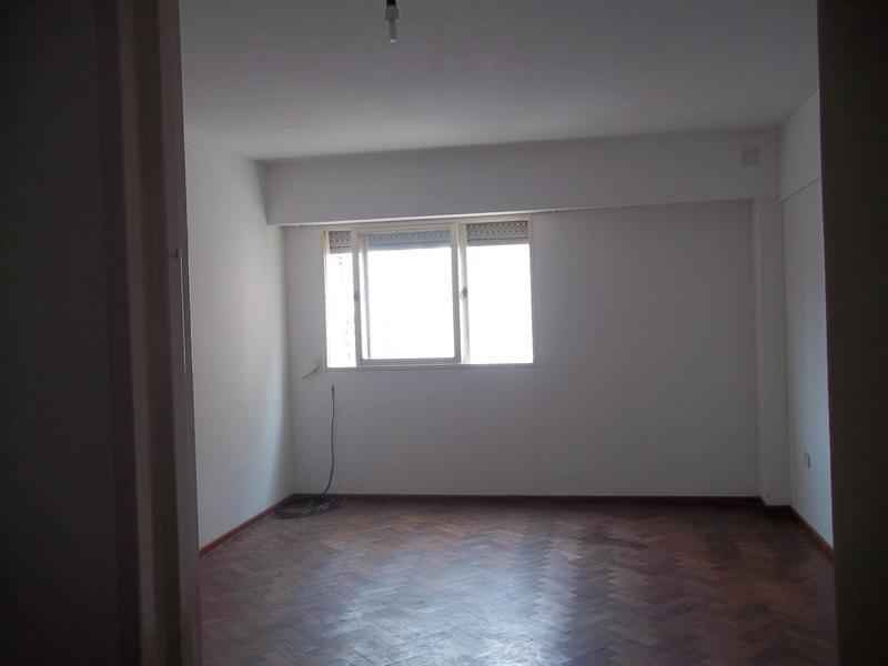 departamento en venta / permuta 2 dormitorios bv oroño y rio