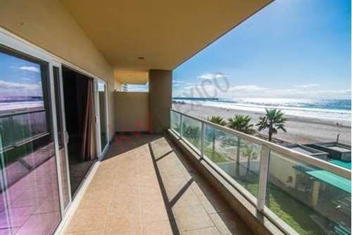 departamento en venta ubicado en el condominio riviera de rosarito.