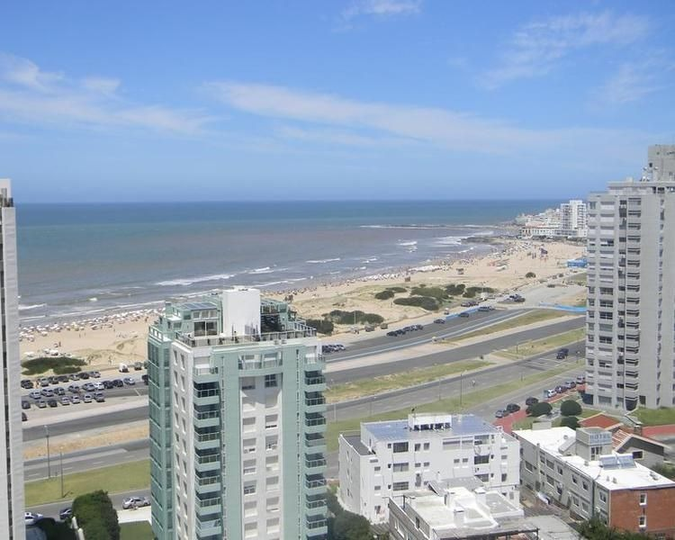 departamento en venta y alquiler temporal en playa brava