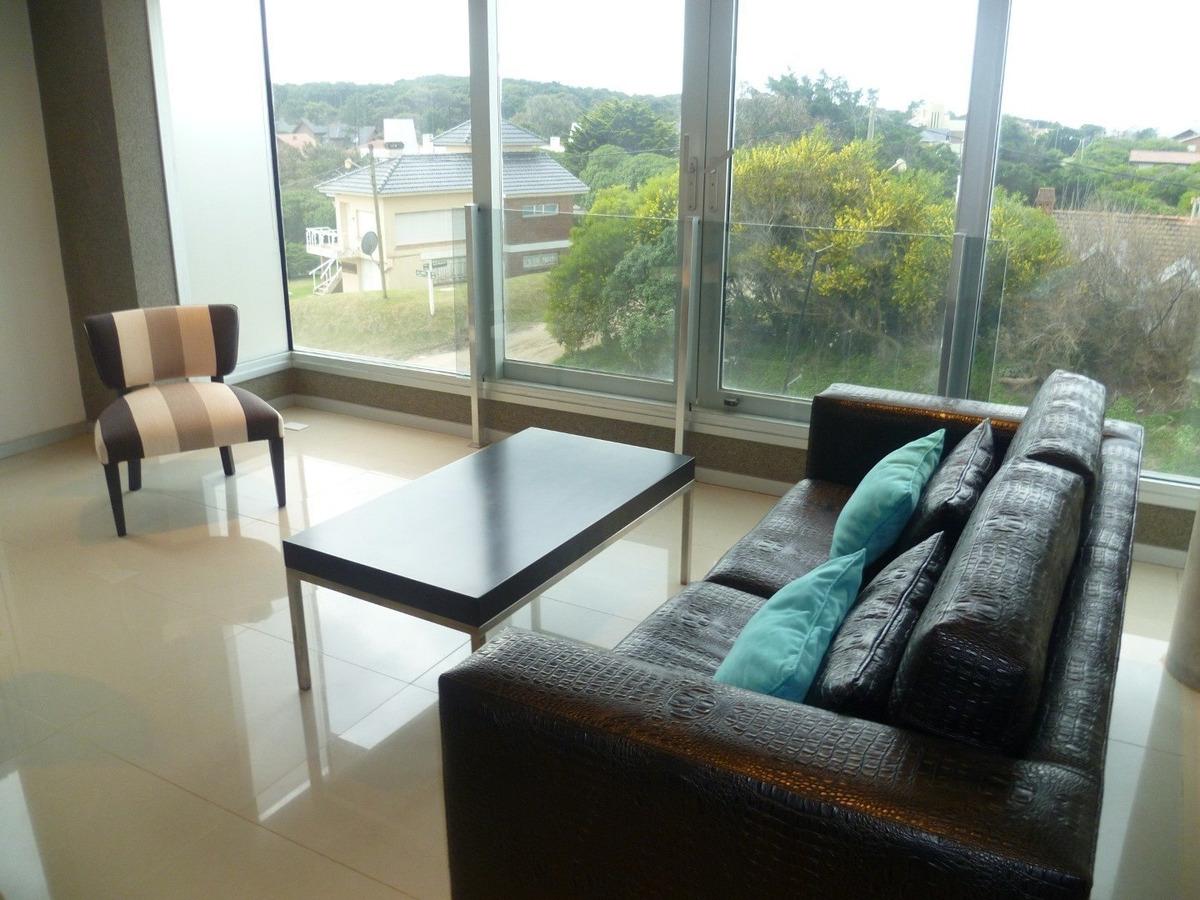 departamento en venta- zona golf-  3 ambientes - a estrenar - frente al mar !!