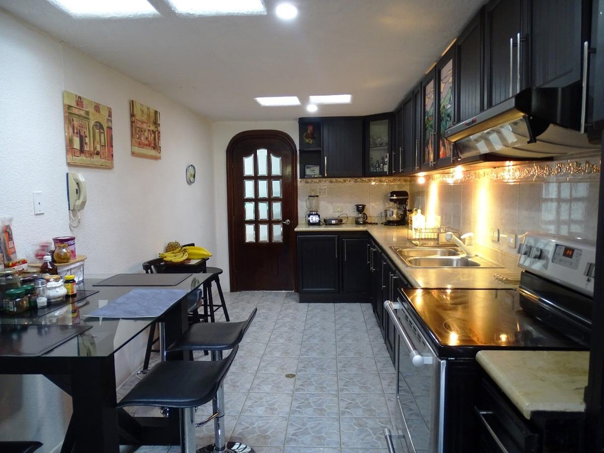 departamento familiar reformado urbanización el condado