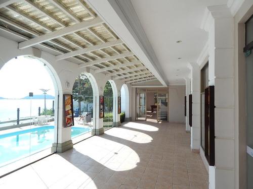 departamento frente al mar con piscina. florianópolis.