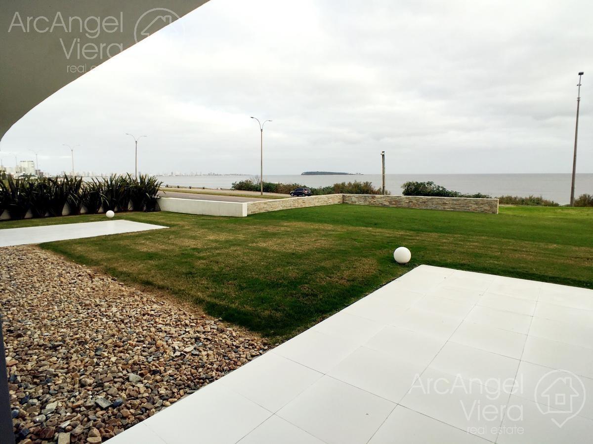 departamento  frente al mar en alquiler anual   venta en punta del este ,playa mansa