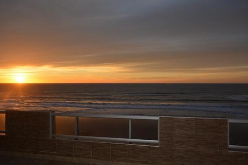 departamento frente al mar,cochera,calle 104 y playa, 6 pers