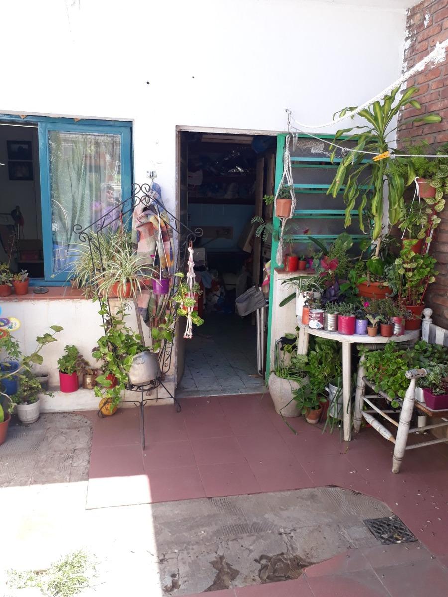 departamento interno a la venta en castelar norte