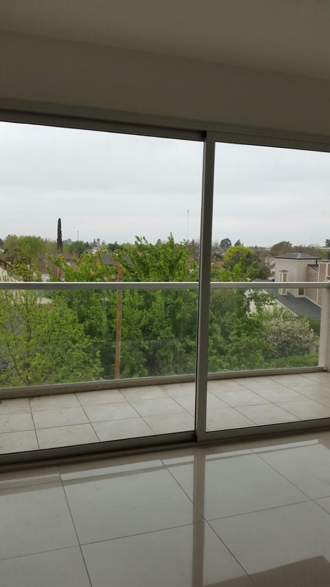 departamento monoambiente con balcon
