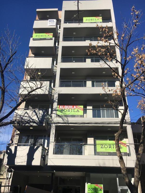 departamento monoambiente con balcon -zona facultad medicina - centro