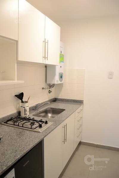 departamento monoambiente en monserrat, cocina independiente y  baño completo