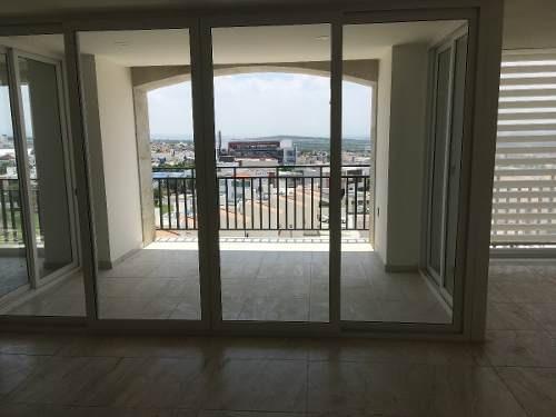 departamento muy amplio en renta en el refugio torres marbella