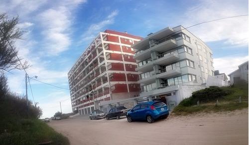 departamento nuevo 5 personas a metros de playa c/cochera!