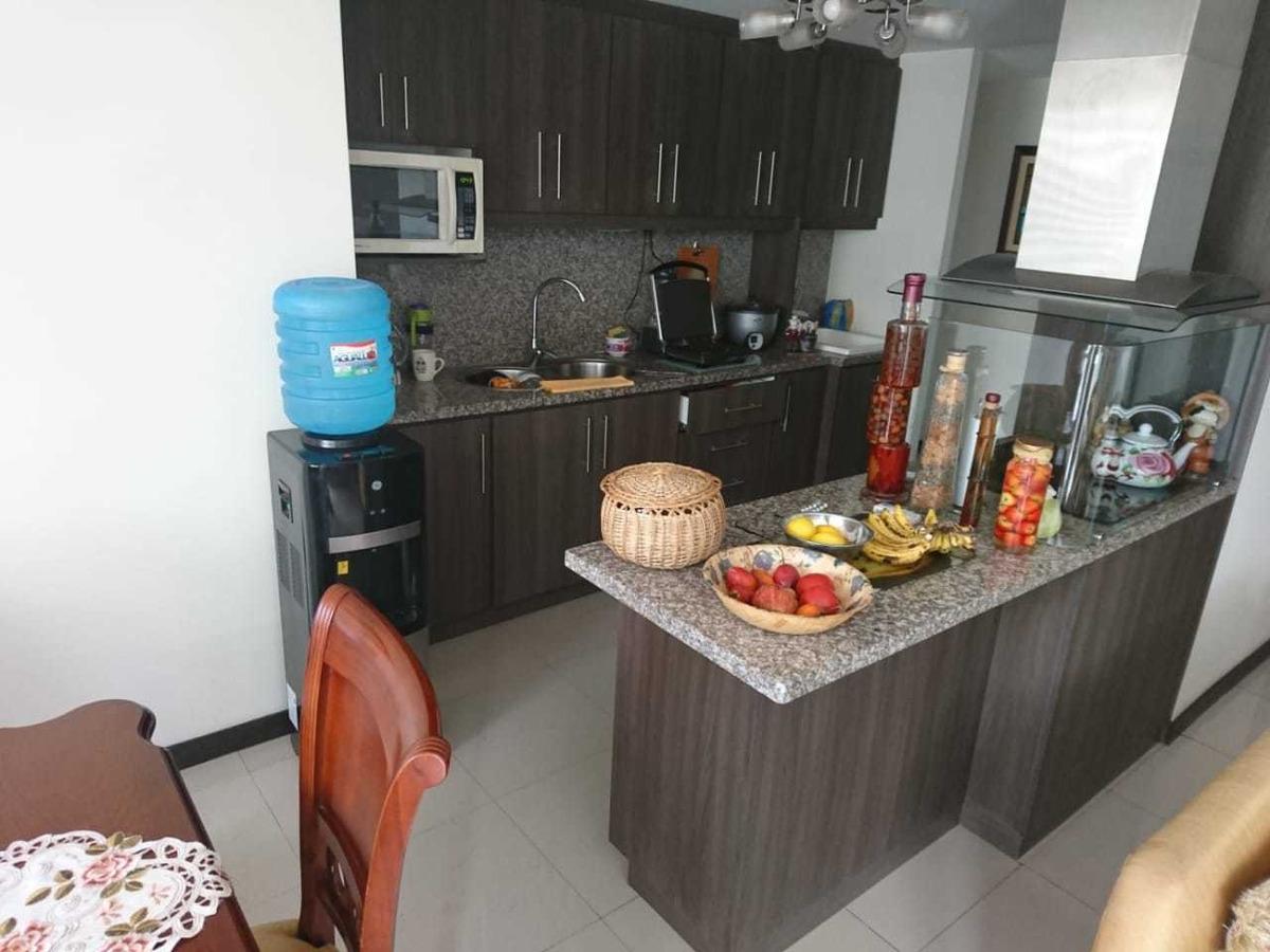 departamento nuevo con hermosos acabados en riobamba
