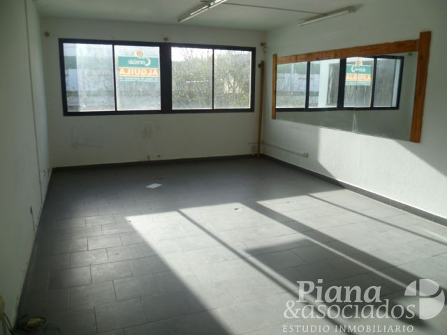 departamento-oficina-consultorio en venta en pinamar-2 plantas-zona comercial-