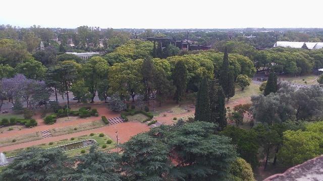 departamento pellegrini balcón frente parque independencia