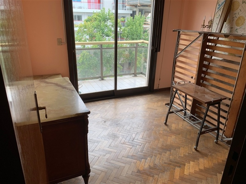 departamento piso 4 ambientes venta parque patricios.