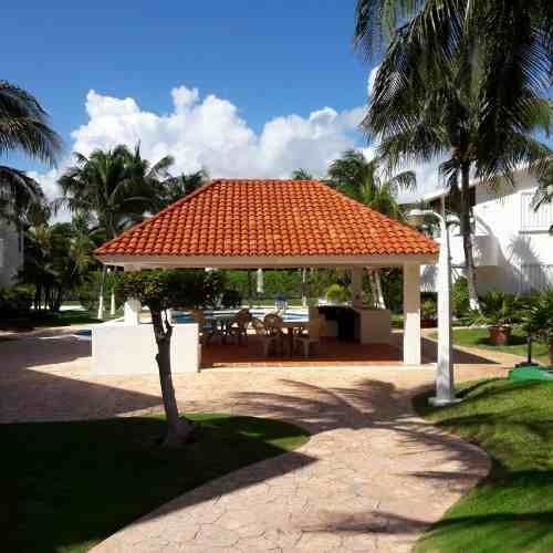 departamento renovado zona hotelera cancun c2639