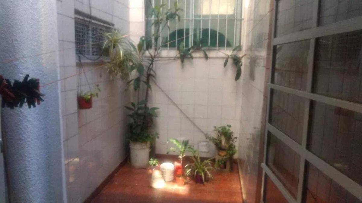 departamento - san cristobal - tres ambientes muy amplio en