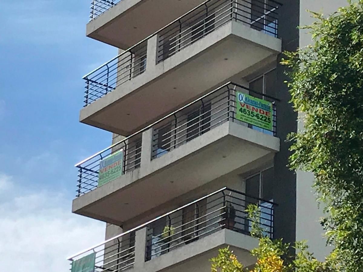 departamento semi piso 3 amb p.avellaneda patio aterrazado