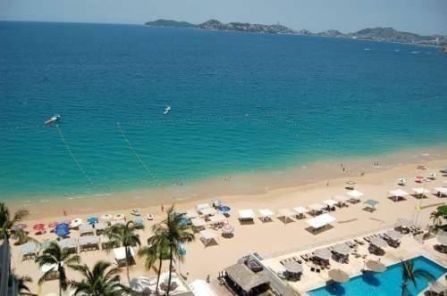 departamento sobre playa en la  bahia de acapulco 1058