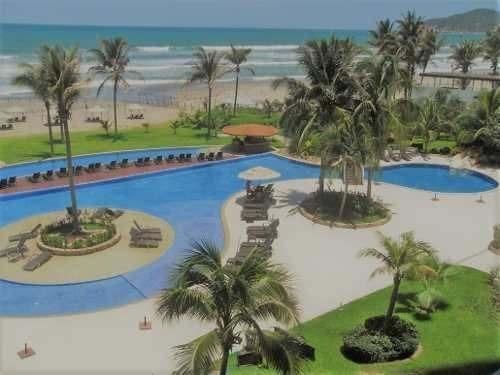 departamento sobre playa en venta en acapulco diamante