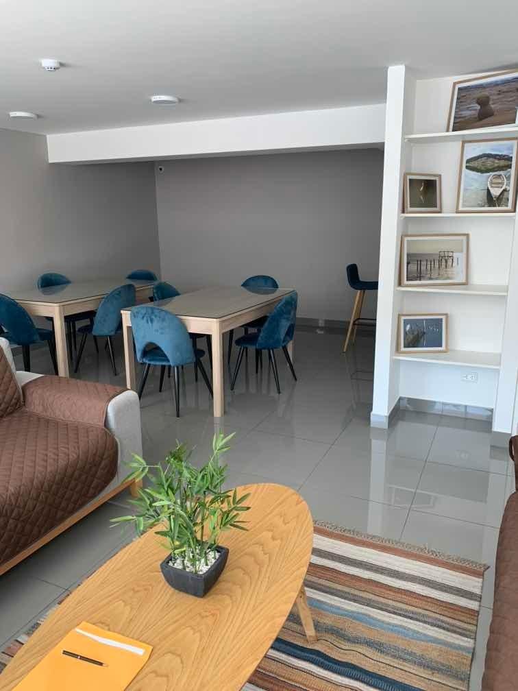 departamento super ubicado 2 dormitorios, 2 baños, cochera