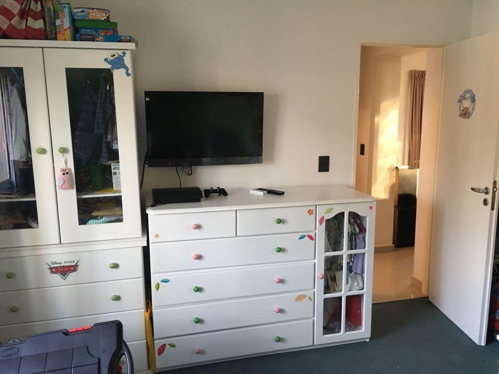 departamento tipo casa 3 ambientes impecable sin expensas en el palomar f: 7423