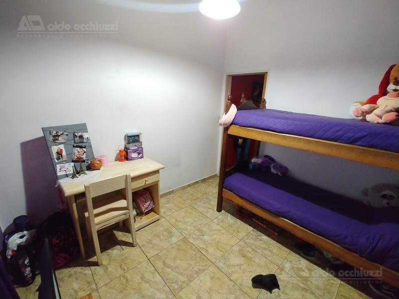 departamento tipo casa 4 amb - allende 2394 dto1