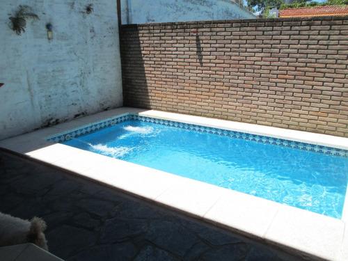 departamento tipo casa de 4 ambs con piscina