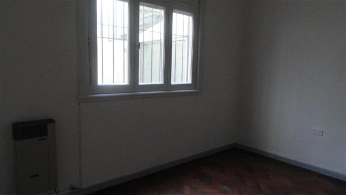 departamento tipo casa en alquiler 2 dormitorios