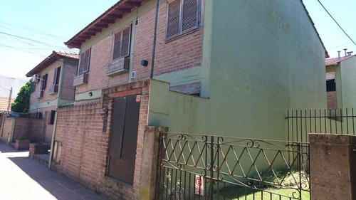 departamento tipo casa en planta baja con patio sin expensas