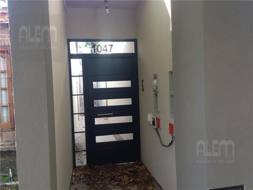 departamento tipo casa en un complejo de 4 unidades