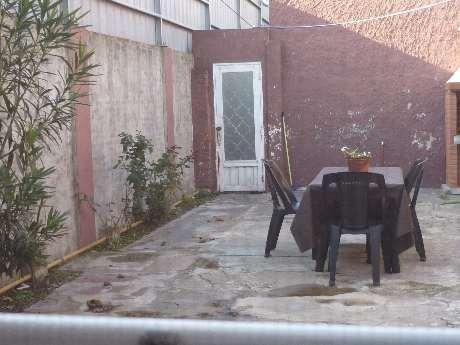 departamento tipo casa en venta en bernal oeste