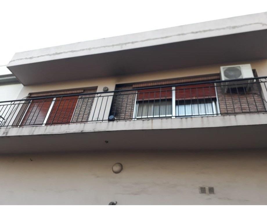 departamento tipo casa en venta en sarandi oeste