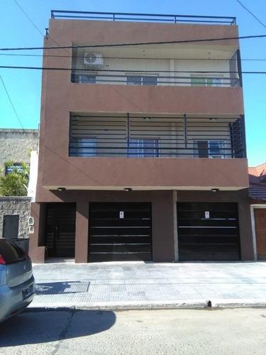 departamento tipo casa en venta en wilde centro