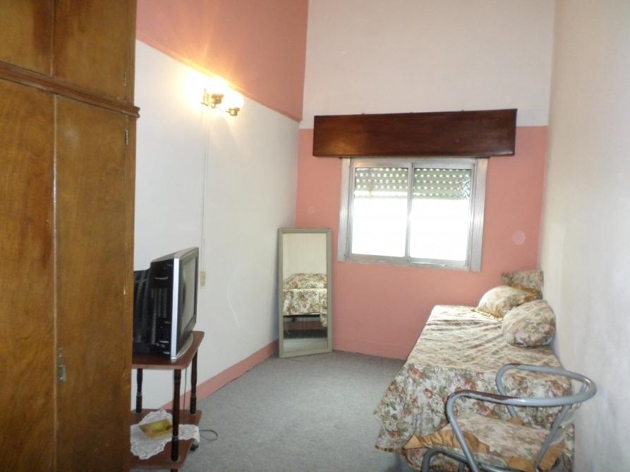 departamento tipo casa interno 3 ambientes con patio
