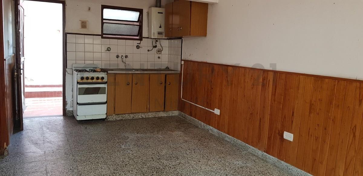 departamento tipo ph en venta  de 2 dormitorios sin expensas en la plata-tolosa
