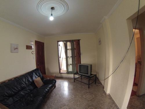 departamento tres ambientes con parrilla