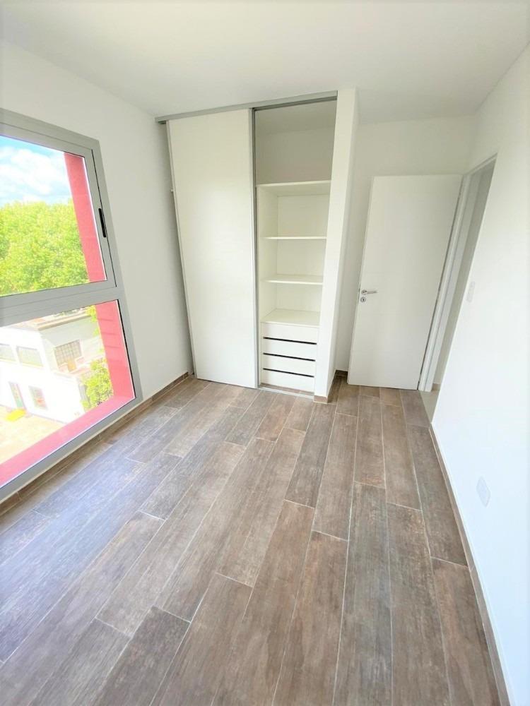 departamento tres ambientes en construcción muy avanzada.