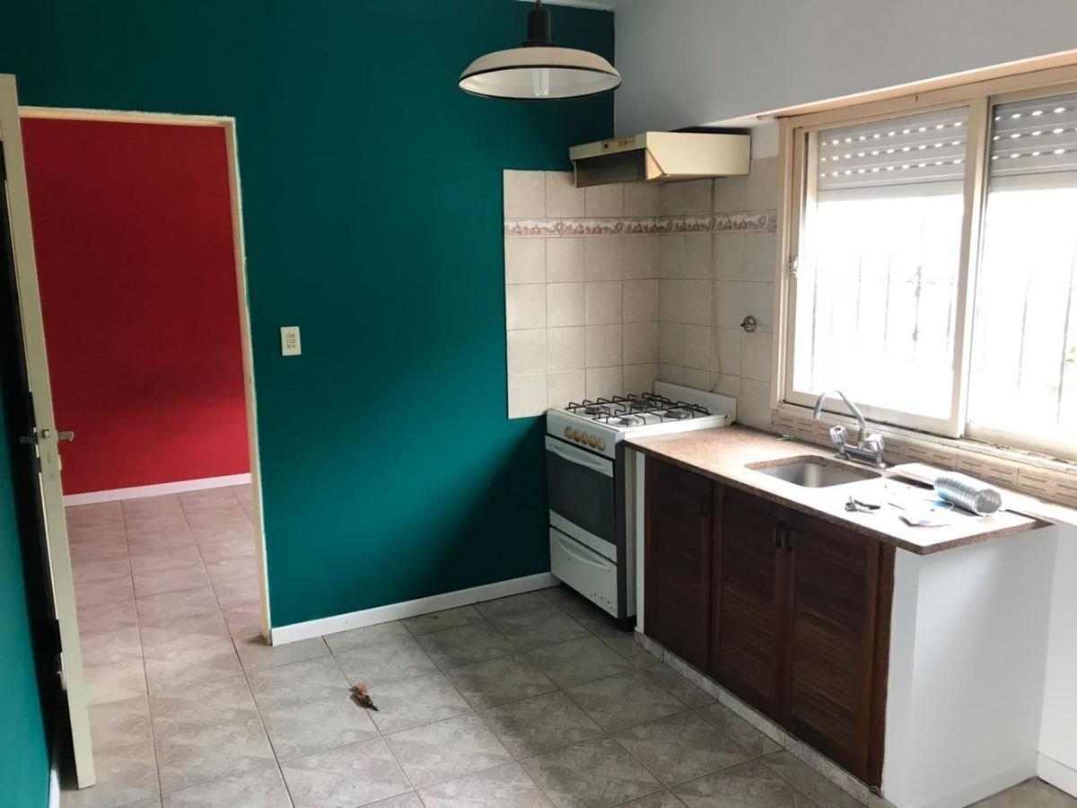 departamento venta -1 dormitorio 35 mts2- bajas expensas- la plata