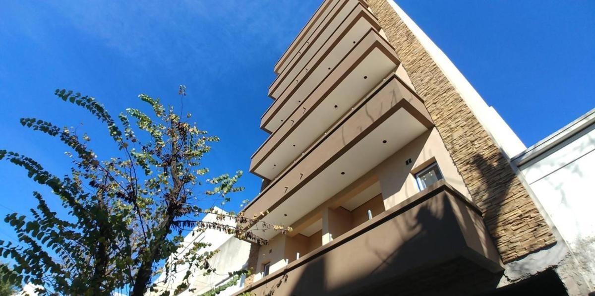 departamento venta 1 dormitorio al frente -44 mts 2-estrenar - la plata