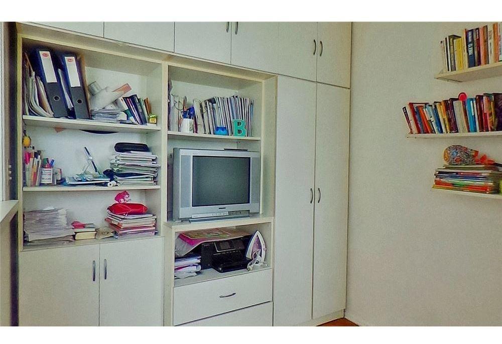 departamento venta 2 ambientes c/escritorio flores
