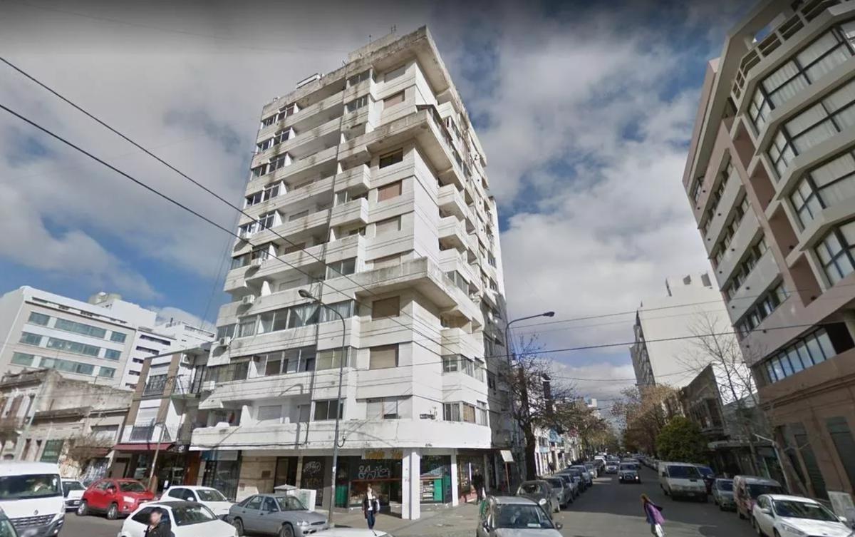 departamento venta  2 dormitorios al frente -45 mts 2- la plata