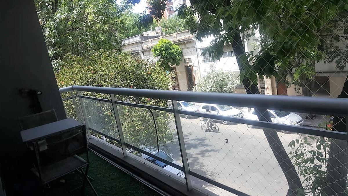 departamento venta  2 dormitorios, cochera cubierta  y 75 mts -  la plata