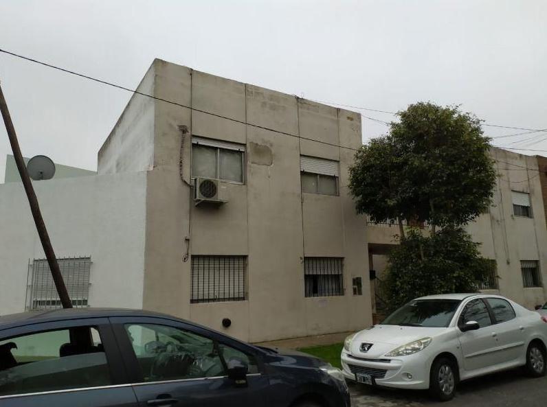 departamento venta 2 dormitorios y 50 mts 2- tolosa